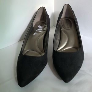 Bandolino pumps, black suede-like, low heel, 8.5